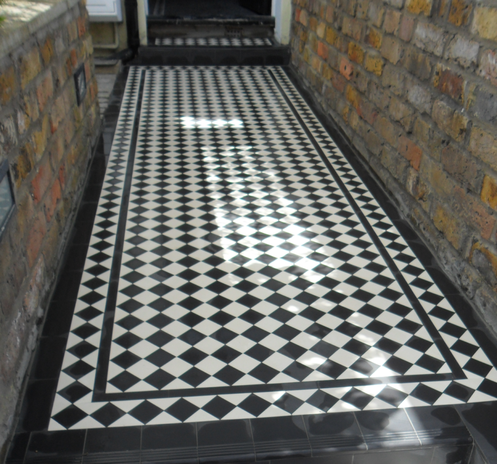 Victorian Rope Edging Stones On Pathway Specialist