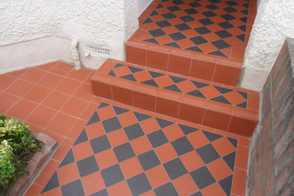 Basic Red And Black Checkerboard Victorian Pathway No Border