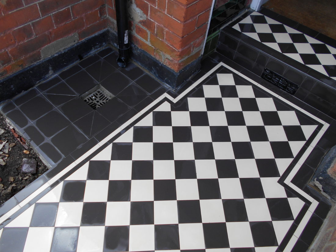 Victorian Tiles Amp Slate Garden Nw2 London Victorian