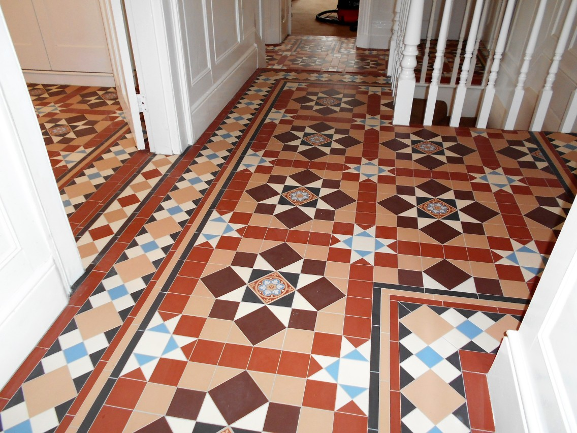Victorian Tiles In Chatsworth Design And Wordsworth Border Hallway